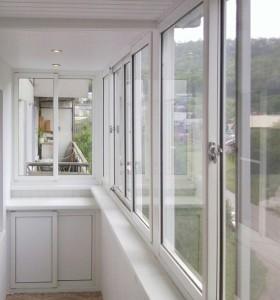 Остекление балконов и лоджий системой slidors (слайдорс).