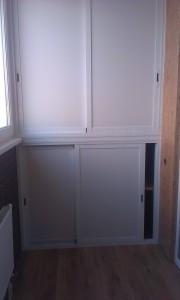 Шкаф на балкон(раздвижной)